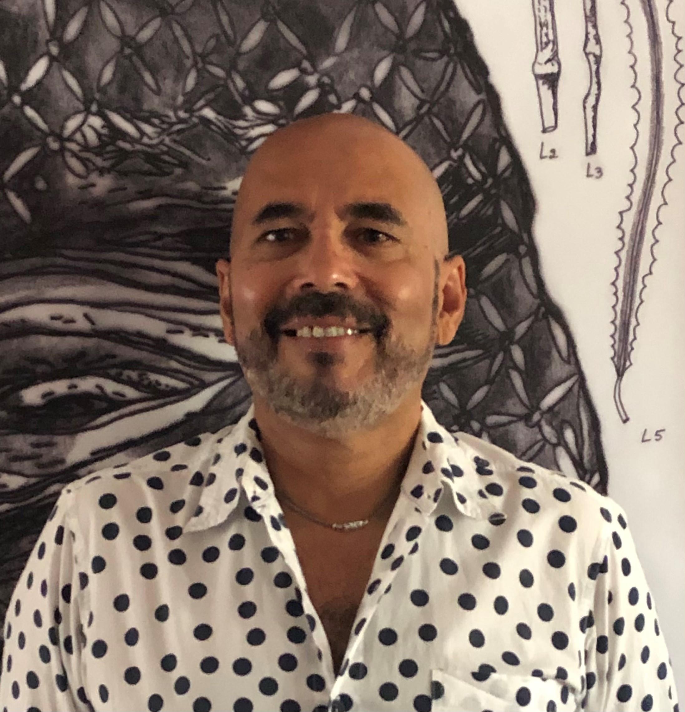 Artist portrait of Arif Satar